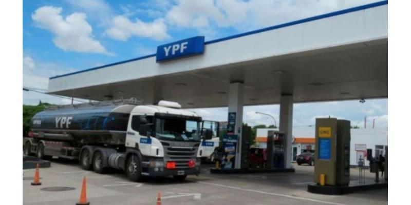 Argentina aumentó los impuestos a la exportación de petróleo